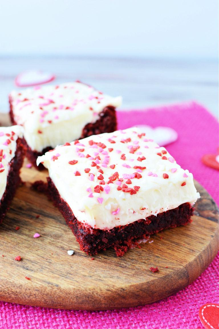 Make This Red Velvet Valentine Brownies Recipe for Valentine's Day
